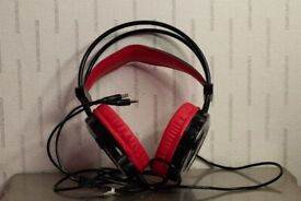 Gaming headset. PS4 PC OR XBOX ONE