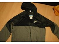 Nike jumper, never worn straight from the shop