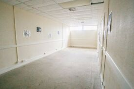 371 Square Foot Creative Studio | Monthly Rolling Contract | High Speed Internet | F38