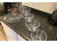 Pyrex glass jug, bowls & dish set