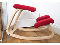 Variable™ Balans® Office Ergonomic Ergo Kneeling Chair - Red / Natural