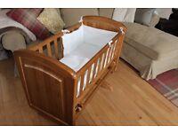 Wooden Gliding Rocker Crib