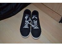 Voi Jeans trainers - Size 8