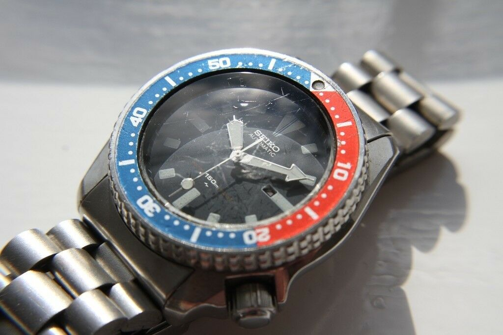 Seiko Scuba Diver's automatic mechanical wristwatch - Japan - '89 - 4205-0158- Pepsi bezel