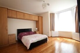 Beautiful ,spacious 4 bedroom house for rent in Southsea. Ideal for 4 single friends or colleagues