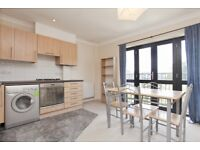 1 bedroom flat in St Marks Rise, Dalston, E8