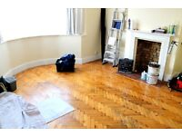 BEAUTIFULLY PRESENTED 2 BEDROOM FLAT WITH ALL BILLS INCLUDED