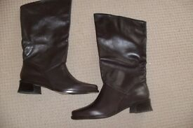Ladies brown leather boots NEW