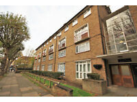 A lovely 2 double bed flat in Brockley minutes from the high street with an array of shops