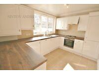 2 bedroom house in Ripley Villas, Castlebar Road, W5