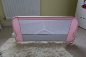 Lindam easy fit bed guard in immaculate condition