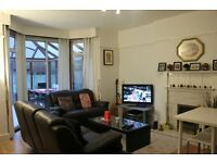 Luxurious detached house with huge bedroom near QE Hospital and University of Birmingham
