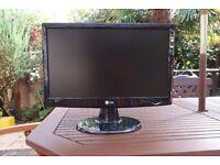 LG 19 inch LCD Widscreen Monitor W1943SB Flatron