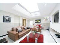 !!!FABOULOUS 5 BEDROOM WITH 5 EN-SUITE BATHROOMS**PERFECT FORT STUDENTS AND PROFESSIONAL PEOPLE**