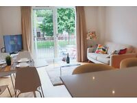STUNNING TWO BEDROOM APARTMENT IN BATTERSEA ,AVALIABLE FOR SHORT TERM LET, FULLY FURNISHED