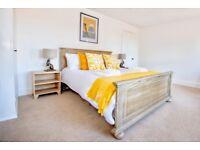 Short Term Let - Smart 2 bed Cambridge house with garden
