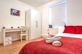 Double room minutes from Clapham Common tube station!