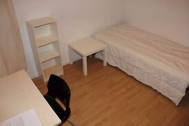 Nice double room to rent close to Liverpool street station