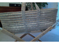 Simple Moses basket and stand