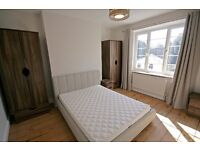 Spacious House with XL Broadband, Cleaner and Large Bedroom (King Size Bed)