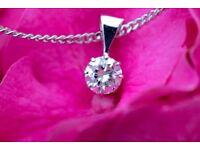 New 18ct White Gold 0.40ct G VVS2 Diamond Pendant and Chain