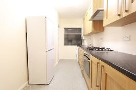 2 bedroom flat in Cranmer Court, Richmond Road, Kingston Upon Thames, KT2