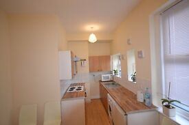 Stunning 1 Bed flat which can be used as 2 Bedroom - includes gas and electric - NO FEES TO TENANTS