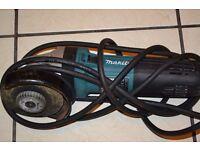The Makita GA4541C/2 110v 125mm Angle Grinder is a 1400w