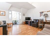 A lovely and bright two double bedroom top floor conversion apartment on Clapham Common's West Side.