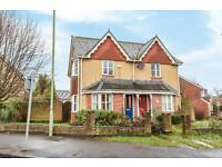 2 bedroom house in Roosevelt Drive, Headington, Oxford