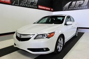 2013 Acura ILX PREMIUM-PACK CONDITION SHOWROOM