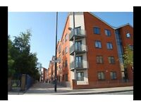 3 bedroom flat in Manchester M15, Spread the cost of moving with Amigo Home