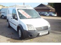 Ford Connect 75T200 New Shape. FULL MOT and Serviced Prior to sale, CD, bulk head £4150 TOTAL PRICE