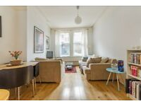 A Beautiful large 1 x bedroom property in West Hampstead in a lovely Mansion Block