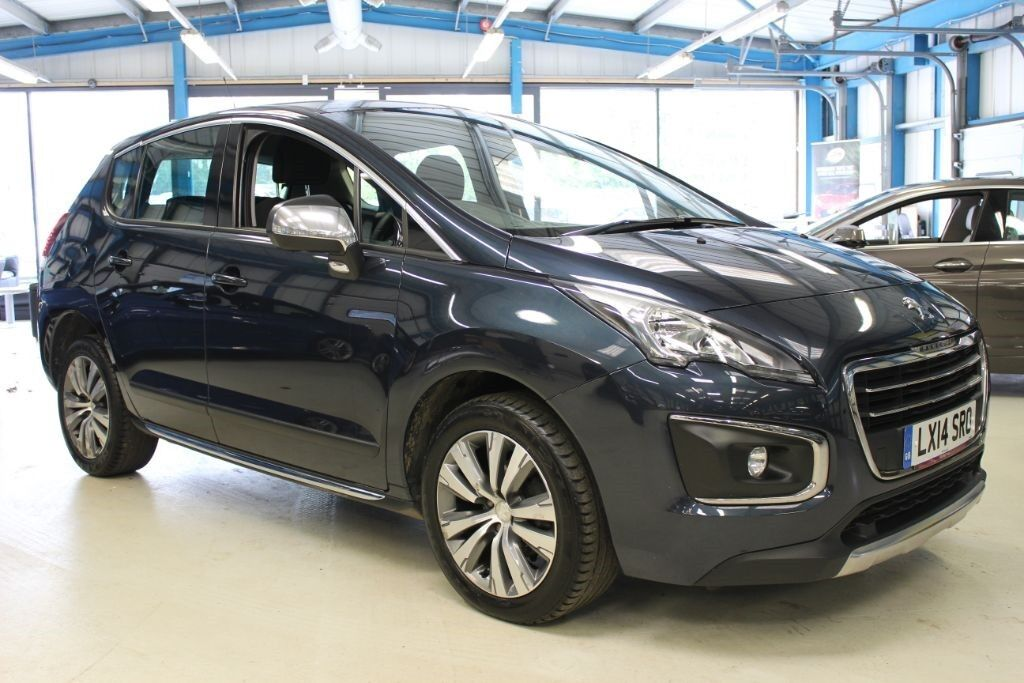 peugeot 3008 hdi active 1 owner cruise bluetooth egyptian blue 2014 in reading. Black Bedroom Furniture Sets. Home Design Ideas