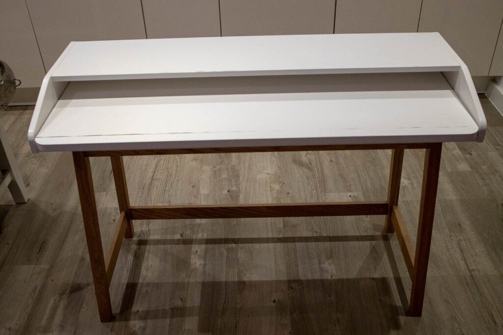 Narrow Computer Desk With Extendable Table And Bank Cable Tidy Underneath In Stratford London Gumtree