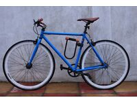 Used, carried,Mango type bycicle with few esthetical faults. Included tools, lights and locker!