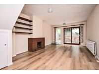 Two bedroom detached house to rent on Hildenlea Place in Shortlands