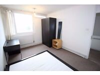 Double Room in Tower Hill