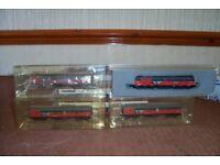 n gauge train and coachs