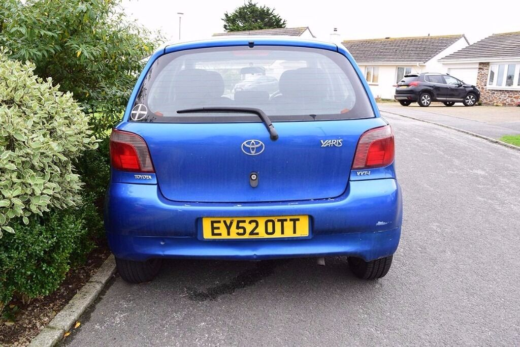 toyota yaris blue 2002 460 ono in newquay cornwall gumtree. Black Bedroom Furniture Sets. Home Design Ideas