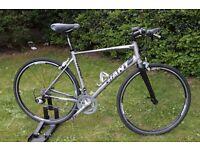 Giant Rapid 1 Raod Bike ML Frame Hybrid Bicycle