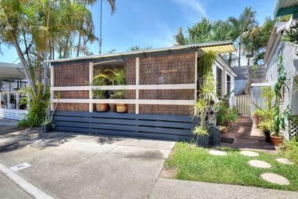 Affordable Renovated Caravan Close to the Ocean.