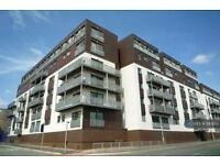 2 bedroom flat in Isaac Way, Manchester, M4 (2 bed)
