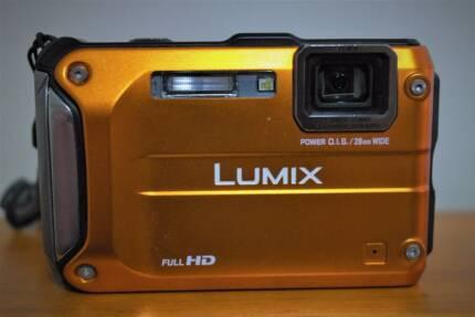 Panasonic Lumix DMC-FT3 - Digital Camera