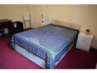Double room in Streatham. Available now.