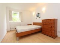 en-suite and massive double room available NOW IN BRAND NEW APARTMENT!!!