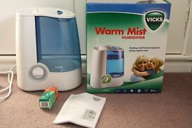 Vicks Warm Mist Humidifier - Helps With Congestion/Coughs - Boxed