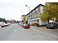 (VIDEO)Newly refurbished 3 bedroom flat with garden to let in Camberwell .