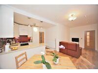 2 bedroom flat in Cranbourne Gardens, Golders Green, NW11